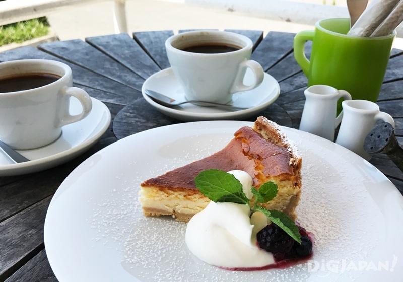 纽约起士蛋糕750日元/咖啡600日元