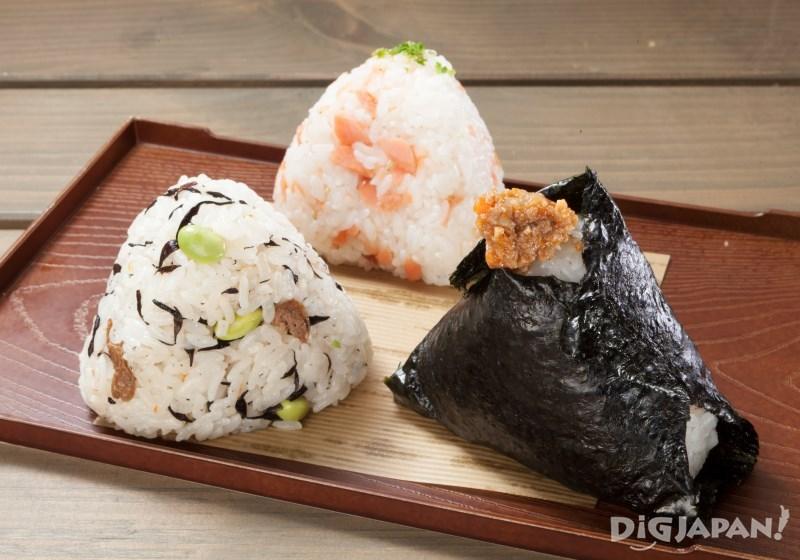 用富良野產的米做的飯團