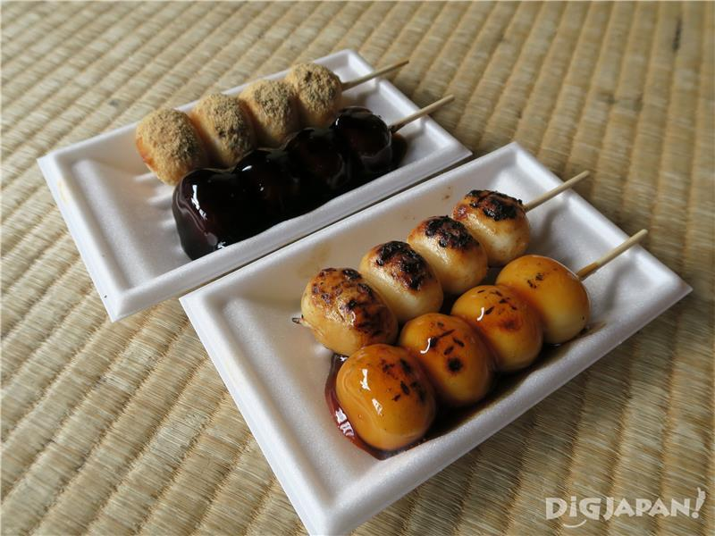 From top left: kinako dango, black honey dango, pure soy sauce dango, Mitarashi dango (120 yen each)