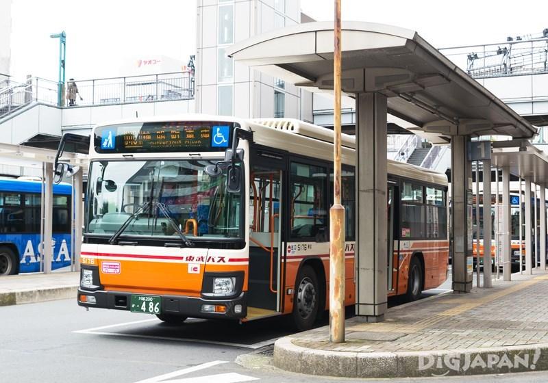 川越站東口巴士總站1號乘車處