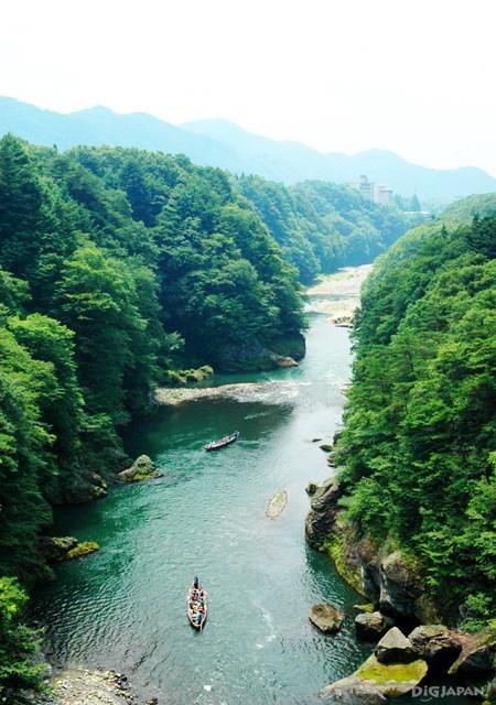 ล่องไปตามแม่น้ำ Kinugawa