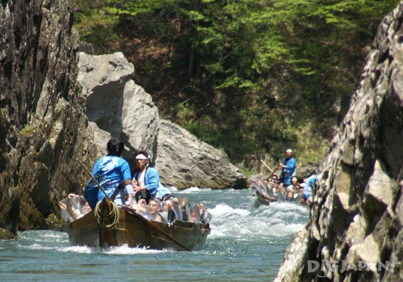 夏季最適合水花四濺的刺激泛舟體驗