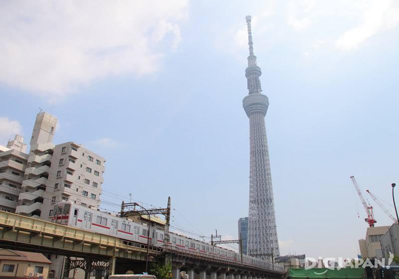 東京晴空塔和東武電車