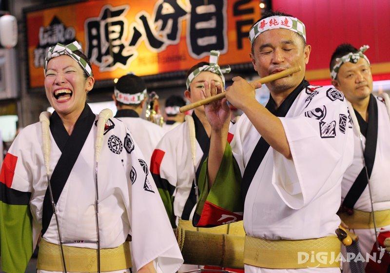 Fue flute player  - Tokyo Koenji Awa Odori festival