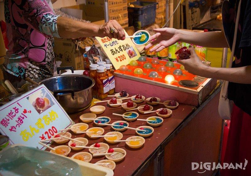 Old style game at yatai - Tokyo Koenji Awa Odori festival