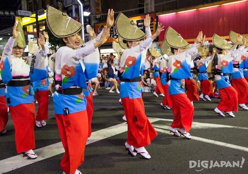 Onna odori woman dance - Tokyo Koenji Awa Odori 2017