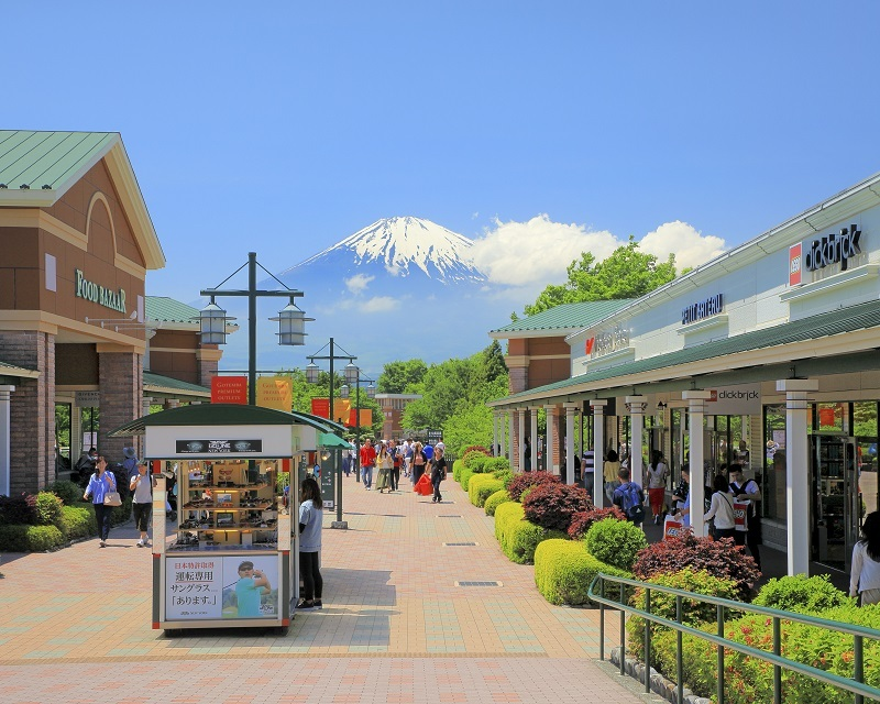 Gotemba Premium Outlets1