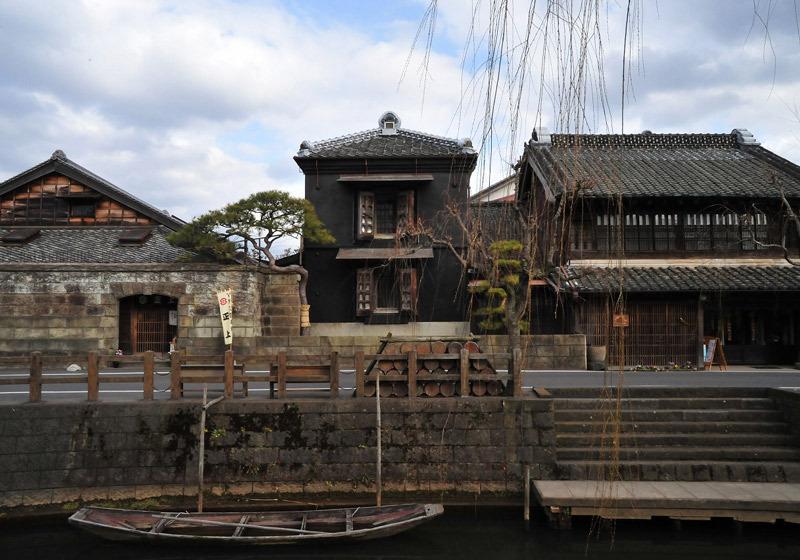 The streets of Sawara are so evocative