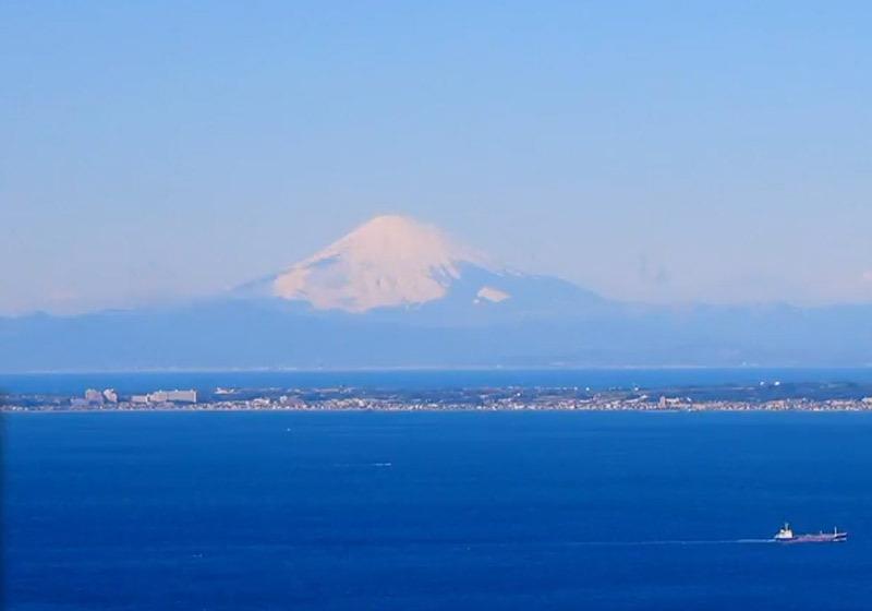 จากภูเขา Mt. Nokogiriสามารถมองเห็นภูเขาไฟฟูจิ