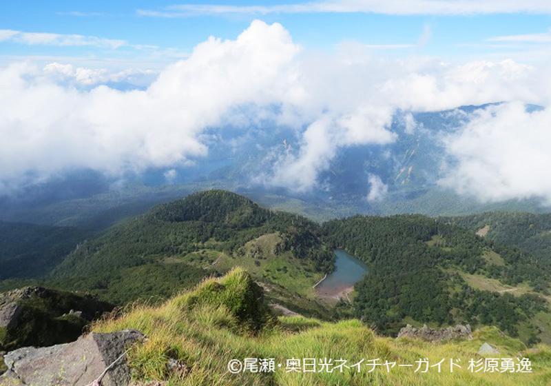 白根山山顶的景色