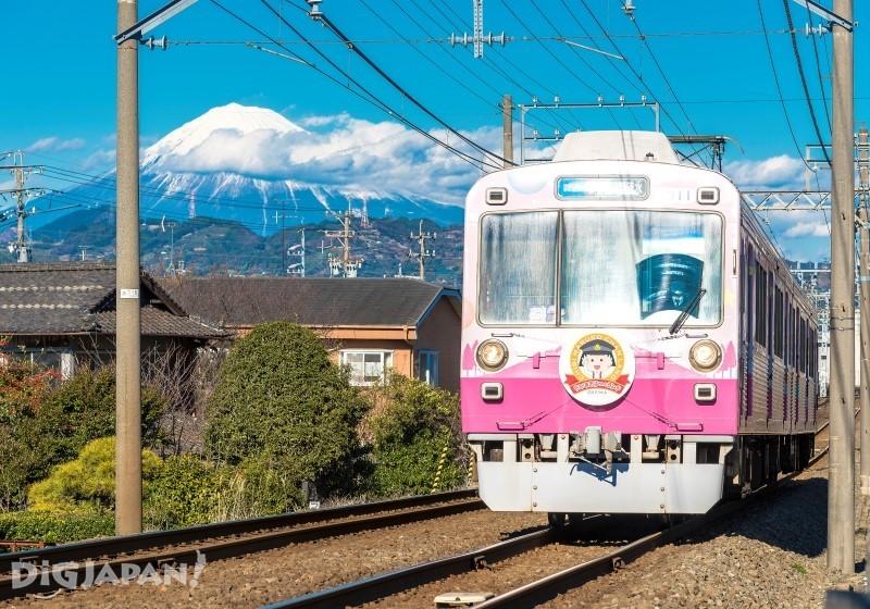小丸子列车和富士山