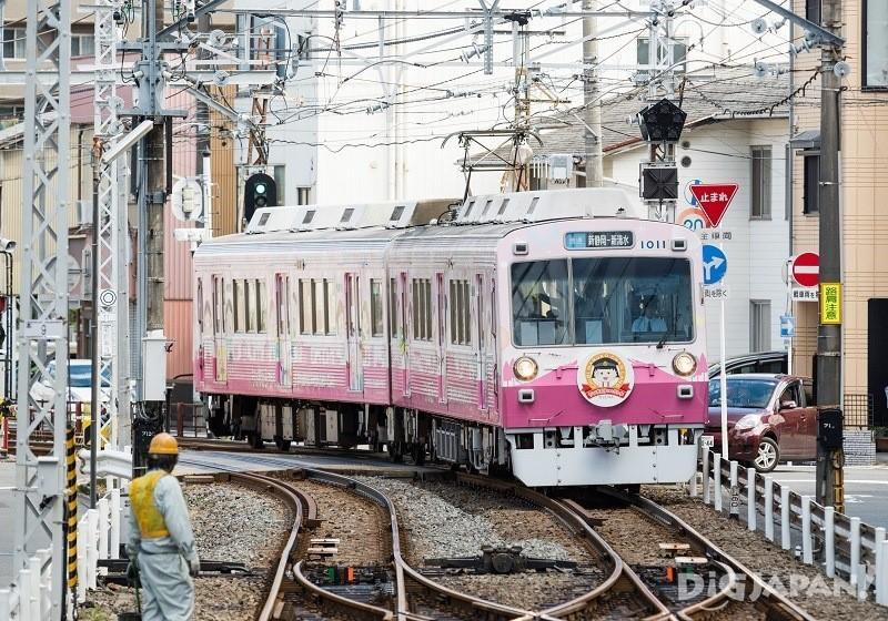 樱桃小丸子彩绘列车