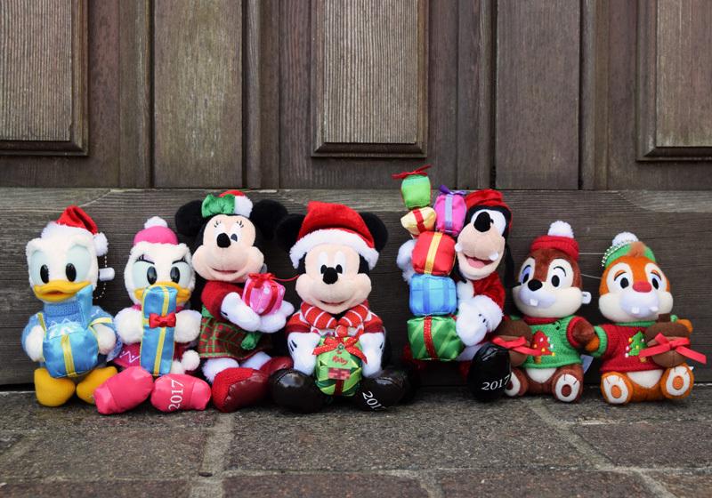 ตุ๊กตารุ่นลิมิเต็ดที่โตเกียวดิสนีย์แลนด์ 1 ตัว 1,700 เยน