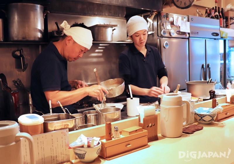 Motenashi Kuroki全开放厨房