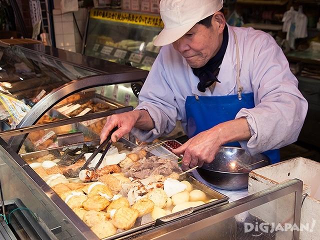 蒲重鱼板店全年贩卖关东煮