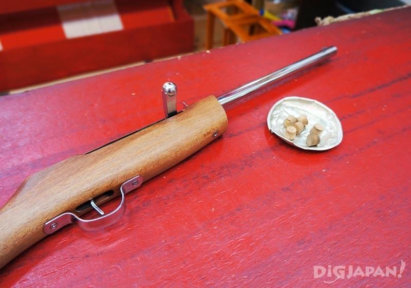 木头长枪搭配软木塞