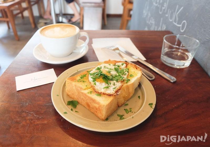 Latte กับ Egg Toast