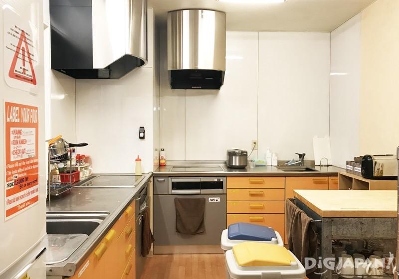 本馆与别馆的二楼共有空间都有附设厨房
