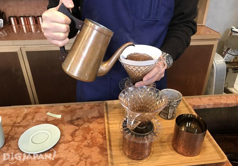 欣賞手沖咖啡的過程