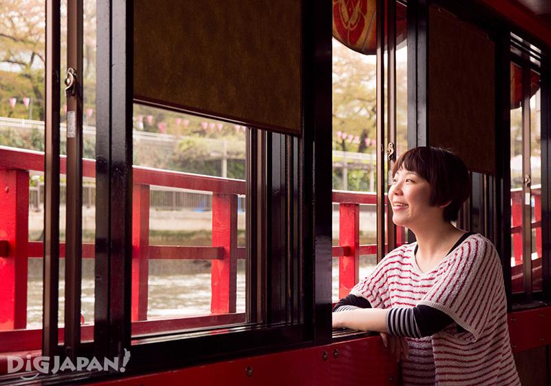 Experiencing a yakatabune cruise in Tokyo
