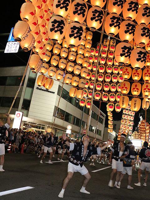 秋田竿燈祭1