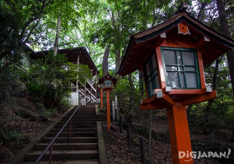 Staircase leading to Todoroki Fudoson Temple