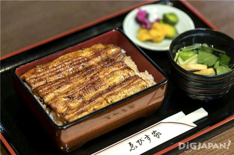 Treat yourself to a juicy piece of unagi (Yebisuya)