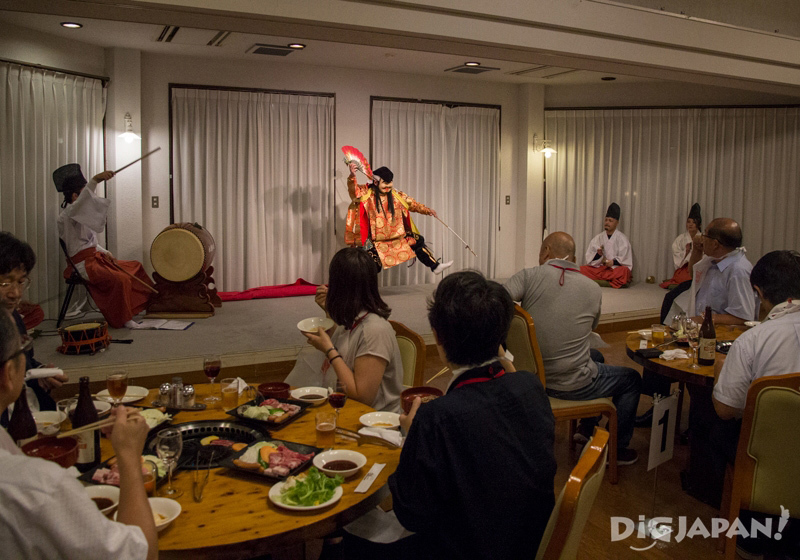 Kagura dance performance at Shimane winery