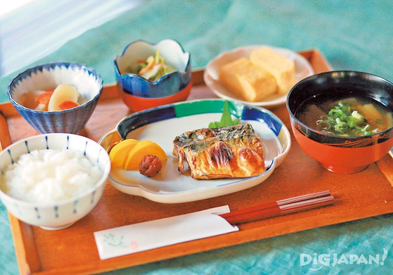 Machiya Cafe Roji Usagi