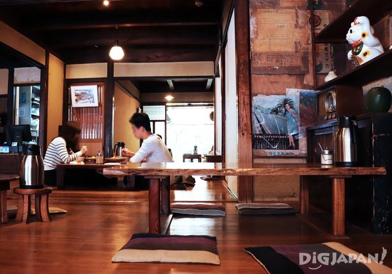 Townhouse Cafe Miyake Shoten