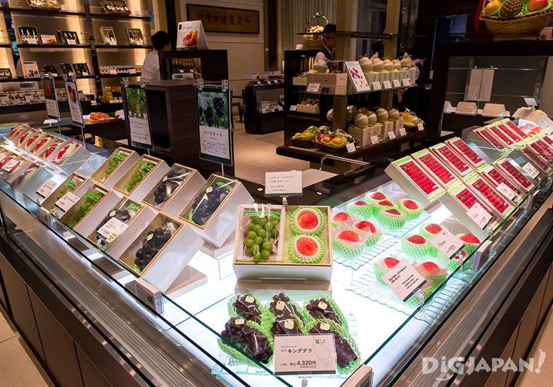 Sembikiya Nihonbashi Store interior