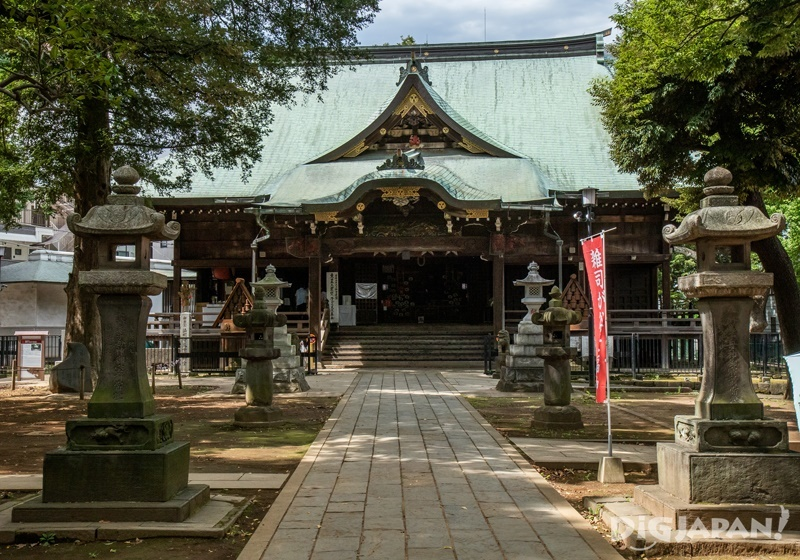 Zoshigaya Kishimojindo main hall