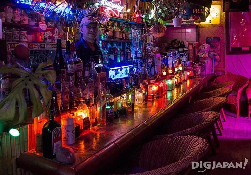 夏威夷风酒吧808LOUNGE