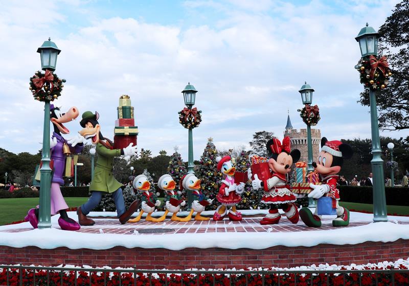 正逢35週年慶的東京迪士尼樂園,聖誕活動更是豪華又歡樂!