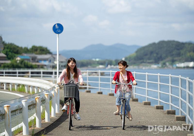 騎自行車遊覽濱名湖吧!