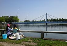 ปลายเดือนเมษายน (โดยประมาณ) : เทศกาลวันเด็กผู้ชาย/เทศกาลตกปลา