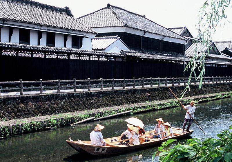藏之街遊覽船
