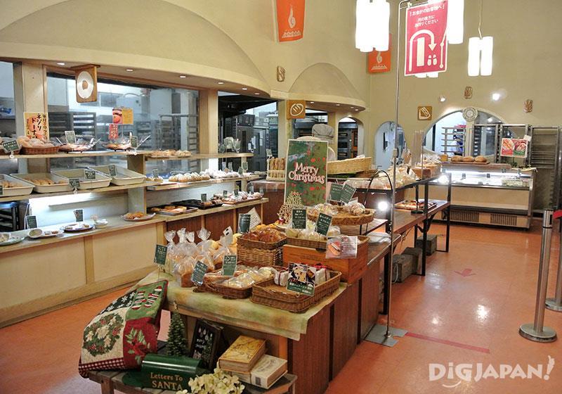 Mugioto ร้านขนมปังที่เกิด เติบโต และเป็นที่รักแห่งเมืองโทกะชิ