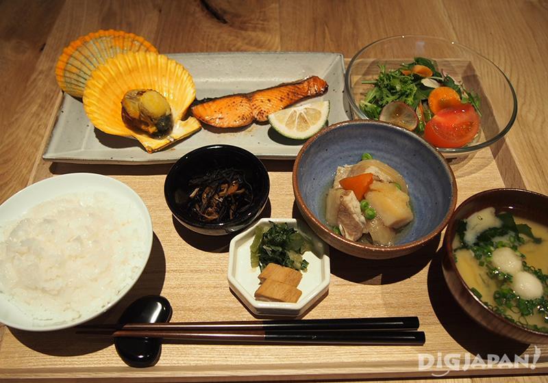 和食店「WA」品嚐日本家庭料理