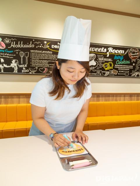 「チョコトピアマーケット」でお菓子の手作り体験