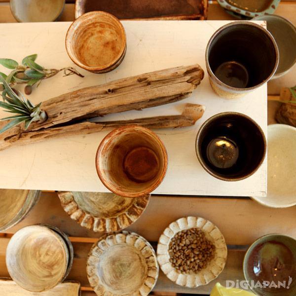 มาลองใช้เครื่องเผาคาซามะยากิได้ที่ Gallery & Cafe LE MIDI