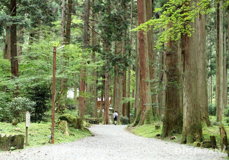 靈氣景點「御岩神社」02