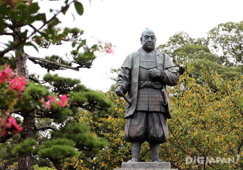 岡崎城德川家康雕像
