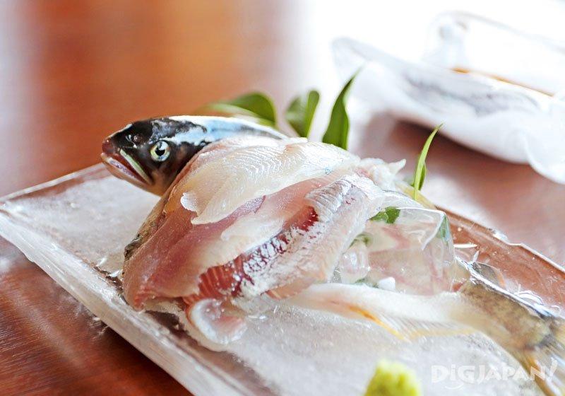 香魚生魚片