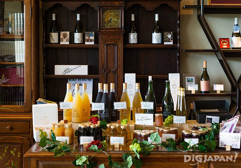 Jams, juices and wines are sold near the tasting corner.