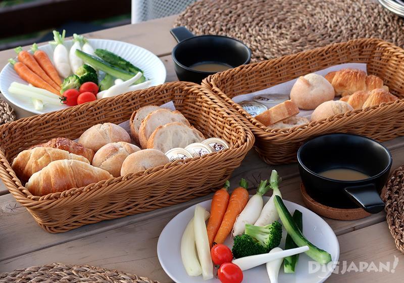 エトワ笠間 夕食はパン食べ放題