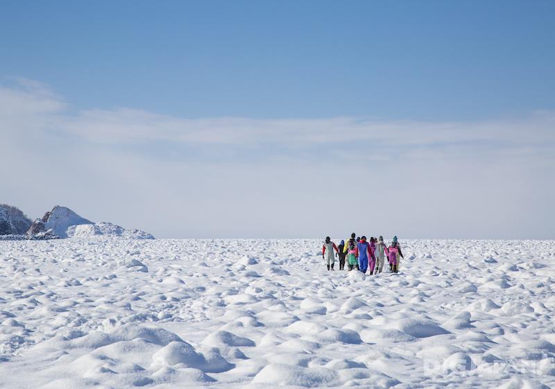 เดินบนธารน้ำแข็ง
