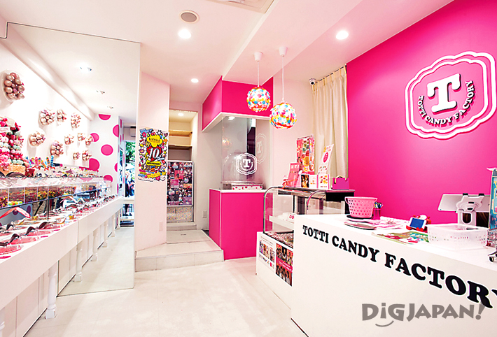 TOTTI CANDY FACTORY アメリカ村店の店内