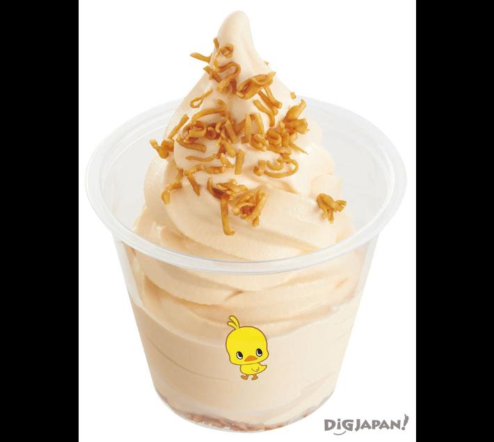加入鸡拉面的鸡拉面冰淇淋